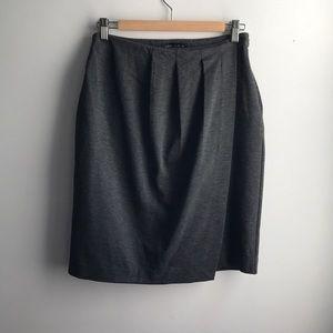 NWT Banana Republic grey pleat front stretch skirt